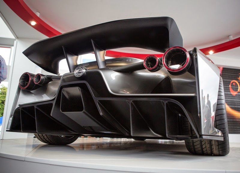 Nissan concept 2020 vision gran turismo for Garage nissan gex