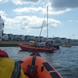Mudeford ILB prepares to beach the catamaran ashore - 25 July 2015