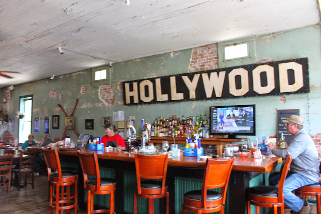 the hollywood cafe