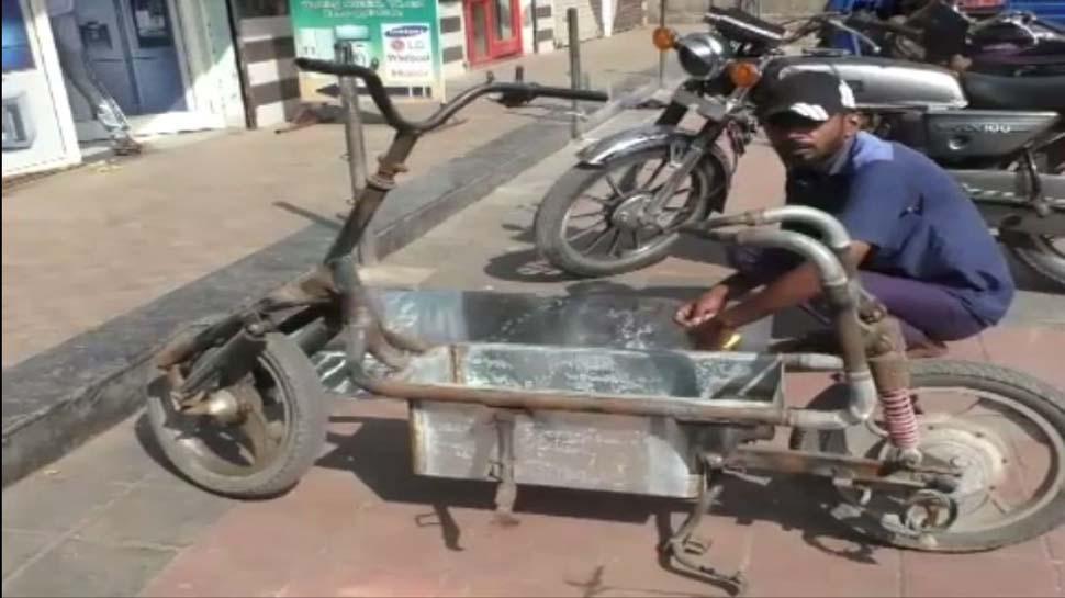 https://lh3.googleusercontent.com/-uJMtZwQbYr4/XakyGZOS8WI/AAAAAAAAJhU/9YL5KJPyXTYuPVvnbxpN7fZVC7O3VnaIgCK8BGAsYHg/s0/bhangar_bike_Navsari2_Zee.JPG