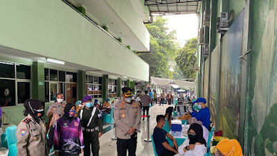 Direktorat Binmas Polda Metro Jaya bersinergi dg Kampus UPN Veteran dalam upaya percepatan Vaksinasi Presisi