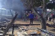 Lupa Matikan Kompor, Satu Rumah Panggung Hangus Terbakar