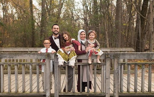 Keluarga Muslim Dalam Ancaman Kapitalisme