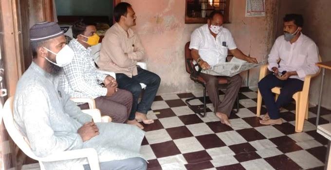 माळी कुंटुबियांचे माजी मंत्री महादेव जानकर यांच्याकडून सांत्वन