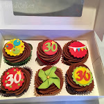 Bright cupcakes 3.jpg