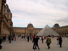 Courtyard of Palais du Louvre, facing the Pyramid and the Sully wing