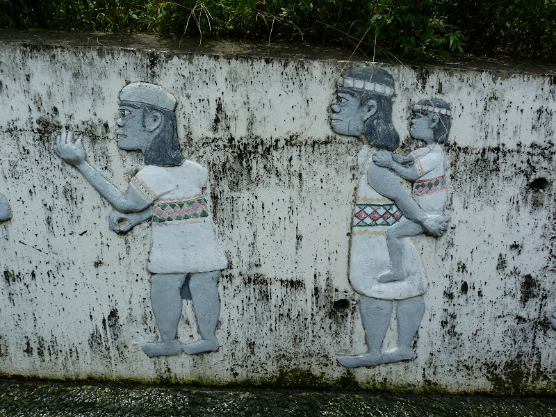 Puli  en passant , entre autres, par les villages de l ethnie Bunum de Loloko et Dili. J 10 - P1170068.JPG