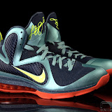 Nike LeBron 9 Showcase