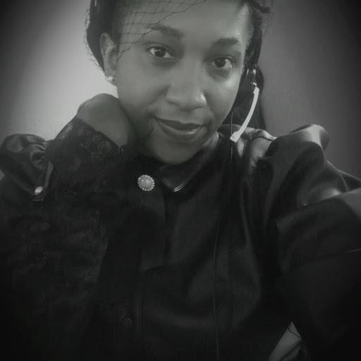 user Erin Lennoah apkdeer profile image