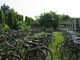 Most secondary school students come to school by bicycle.