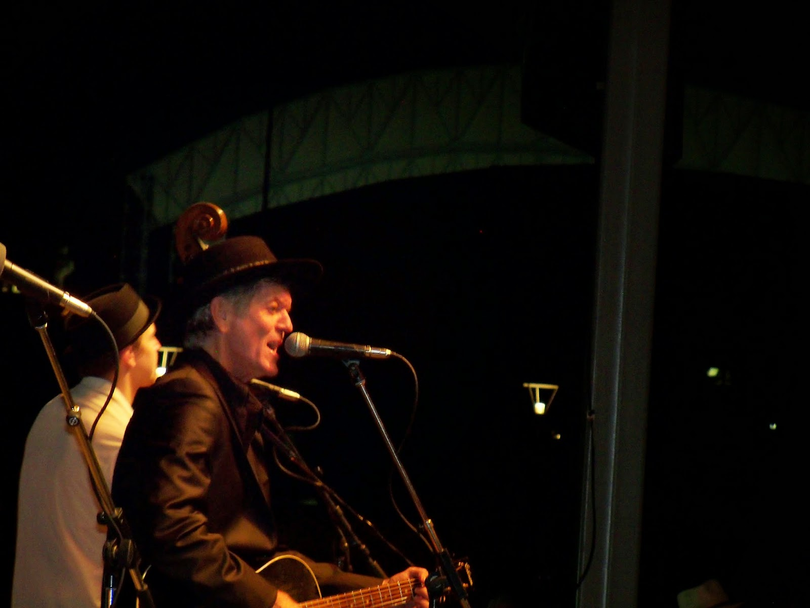 Downtown with Rodney Crowell - 116_4721.JPG