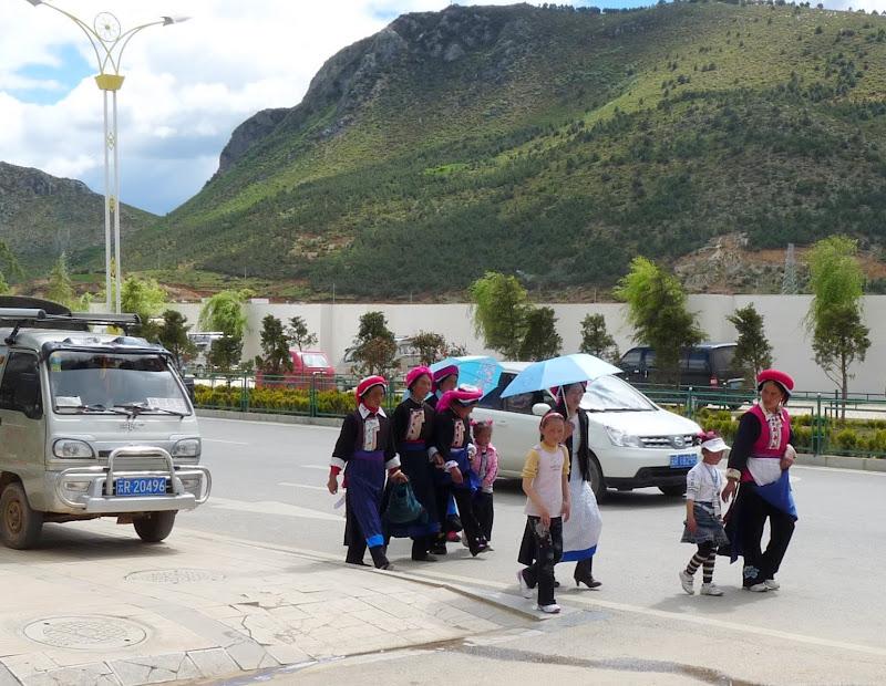Chine. Yunnan.Shangri la Course hippique annuelle - P1250786.JPG