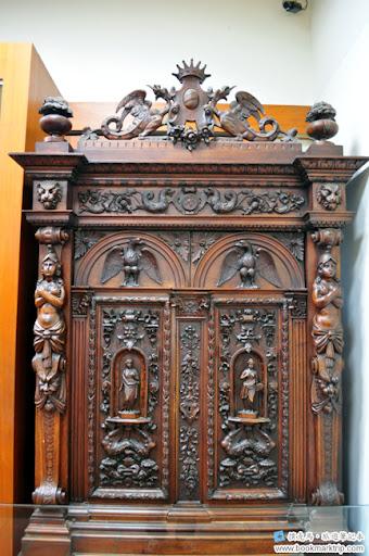 安平古堡法蘭德斯風格胡桃木櫥櫃