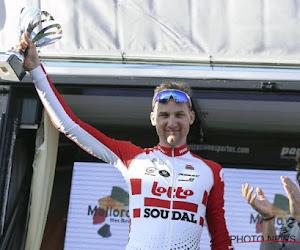 Tim Wellens neemt droomstart en knalt meteen naar overwinning in Ruta del Sol