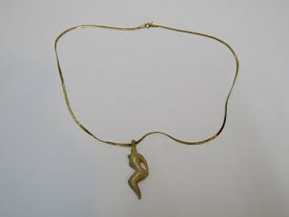 14 K Gold Flat Chain Necklace w/ Pendant