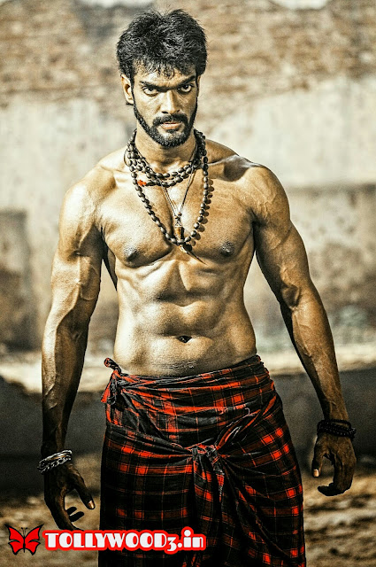 Charandeep six pack body
