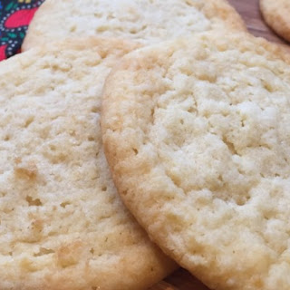 Low-Carb Almond Cinnamon Butter Cookies.