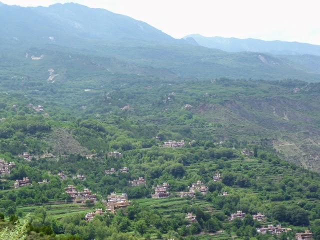 JIAJU ZANGZHAI, classé l'un des plus beau village de Chine, village Tibétain...