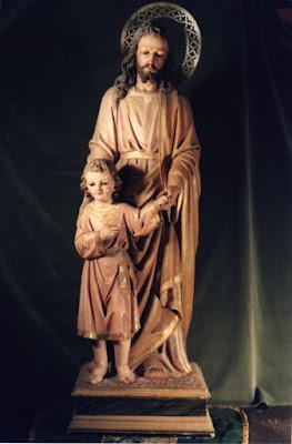 San José llevando al niño Jesús de la mano