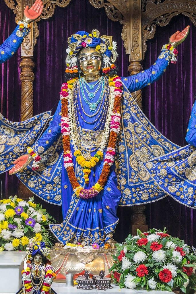 ISKCON Mayapur Deity Darshan 31 Dec 2016 (15)