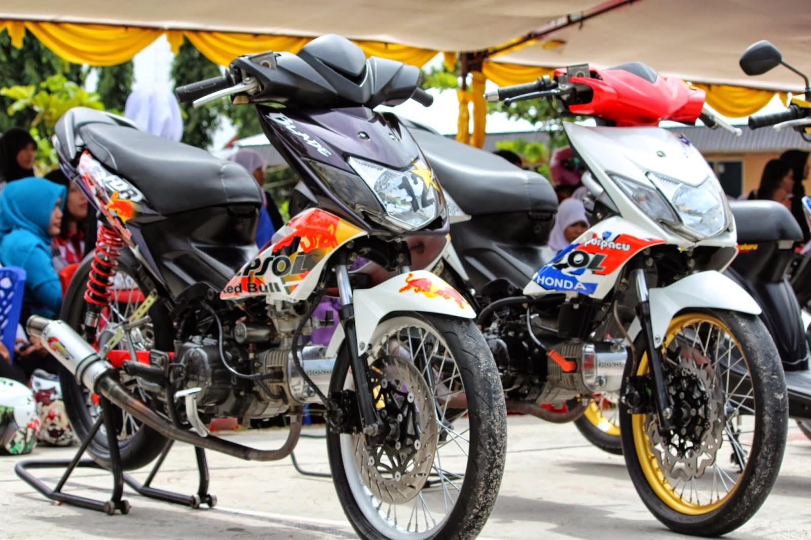 Modifikasi Motor Blade Repsol New  Thecitycyclist