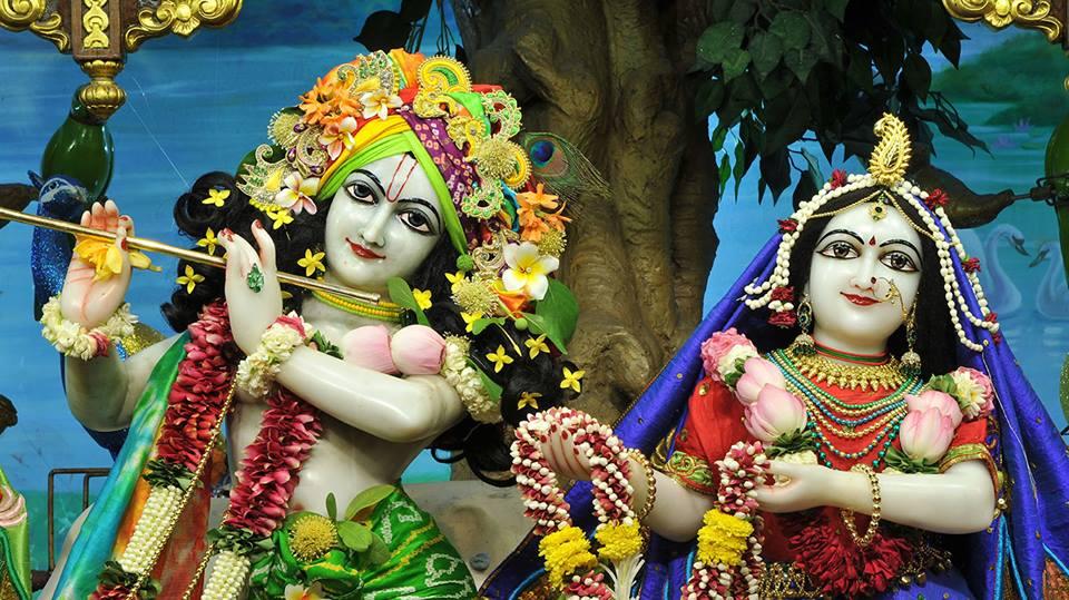 ISKCON Chowpatty Deity Darshan 11 May 2016 (1)