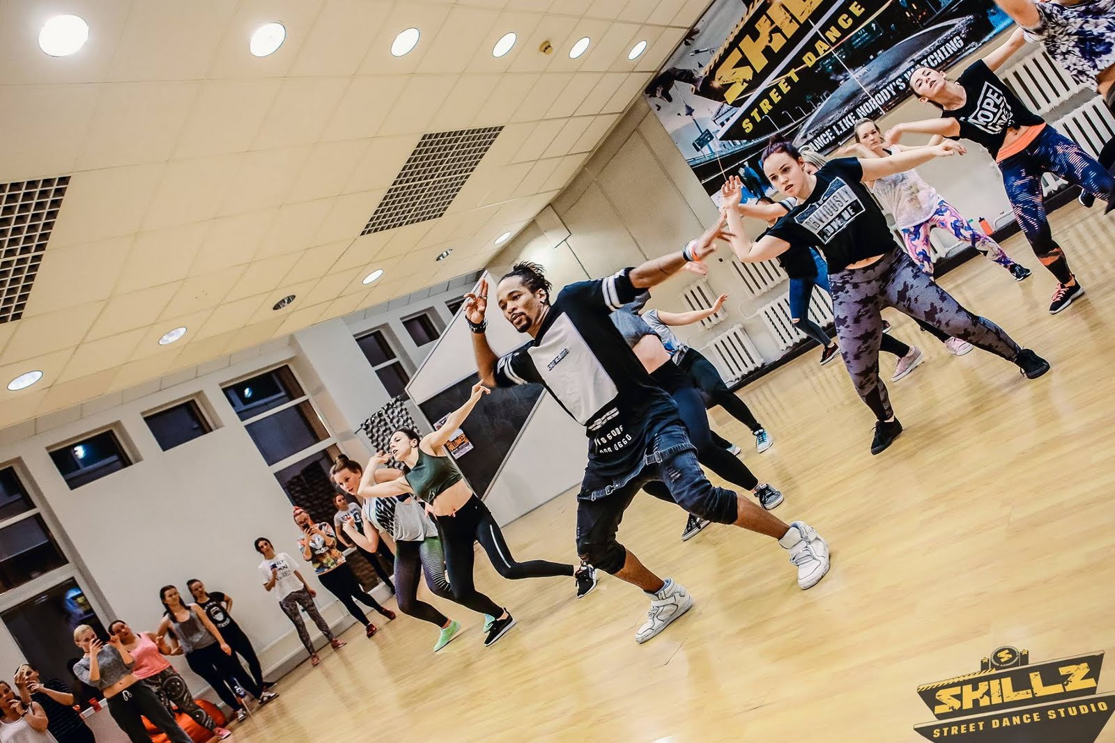 Dancehall workshop with Jiggy (France) - 32.jpg