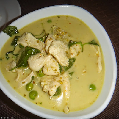 CarouLLou.com-Carou-LLou-in-Bangkok-soi-8-TW-T-food