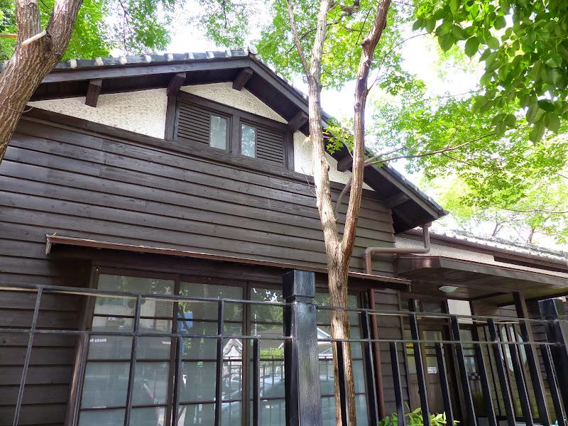 Taipei. Librairie Eslite, et deux maisons japonaises restaurées (dédiées à la poésie) - P1240950.JPG