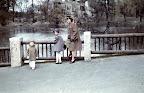 A budapesti állatkertben sétálók, 1940 (Fotó: Fortepan)