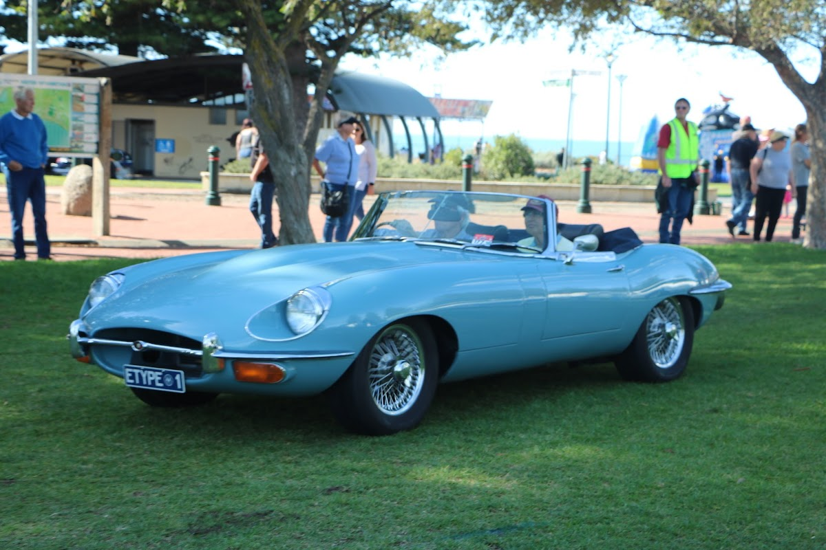 Jaguar E-Type Series 2 -  British_Classic_Tour_6_May_2018_0187b.JPG