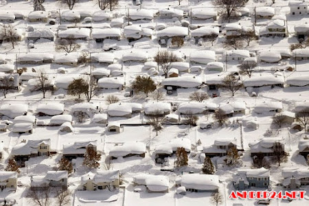 Toàn cảnh nước Mỹ chìm trong băng tuyết