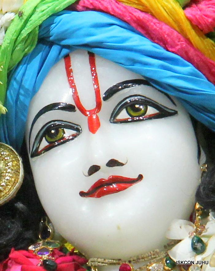 ISKCON Juhu Sringar Deity Darshan on 26th June 2016 (38)