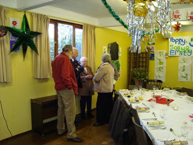 Pensioners Lunch - 12-12-2010 - WPL201005.jpg