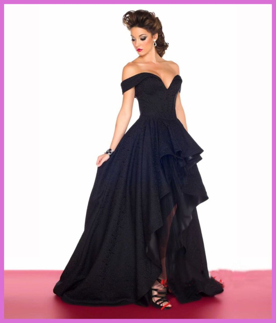 THE MOST ATTRACTIVE BLACK DRESSES FOR PRETTY WOMEN 6