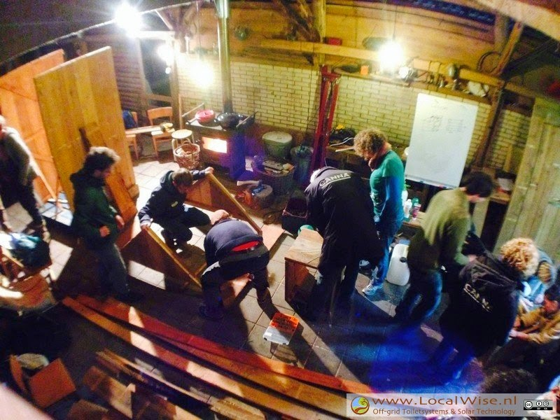 Ecotoiletten workshop op Sustainville, Epe 2014