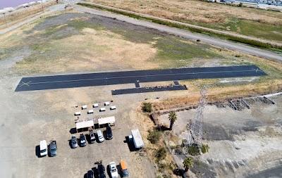 reverse_pits_runway_field.jpg