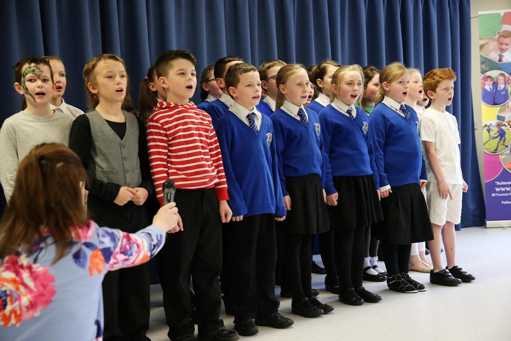 [school-choir5]
