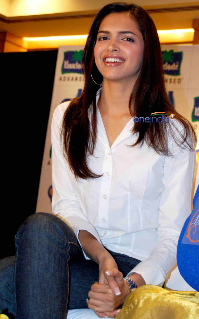 Celebrity Collections: Deepika Padukone -biography