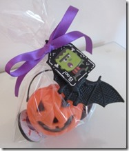 Halloween pumpkin pot favour