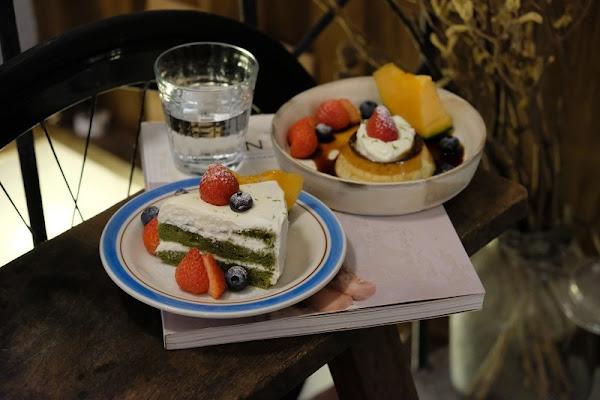 NUKI Coffee_濃稠的布丁搭上咕溜的檸檬味鮮奶油樂趣無窮_撲鼻而來的草莓香好誘人