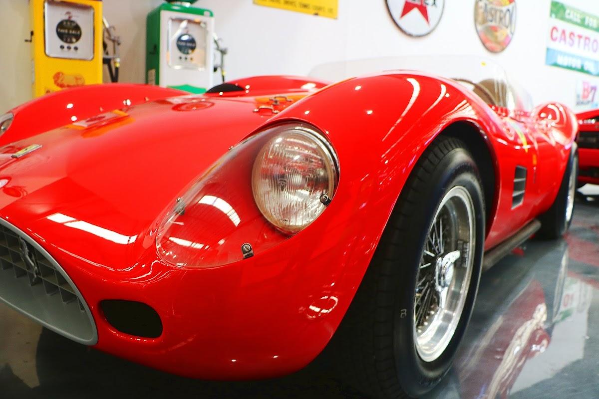 1969 Ferrari 250 Testarossa Replica (03).jpg