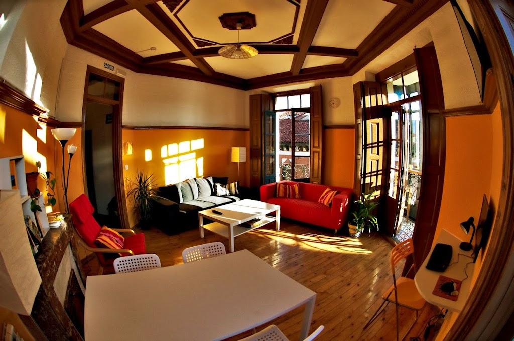 Albergue le n hostel le n albergues del camino de santiago for Salon de leon