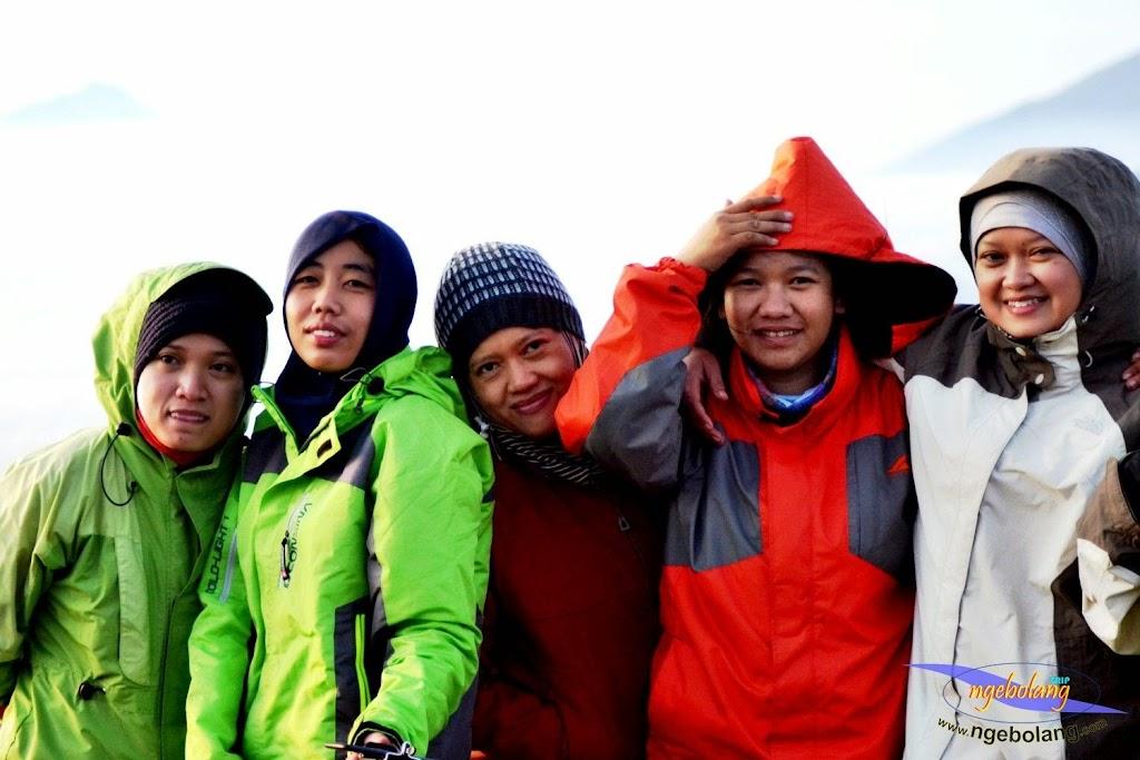 ngebolang gunung prau 13-15-juni-2014 nik 043