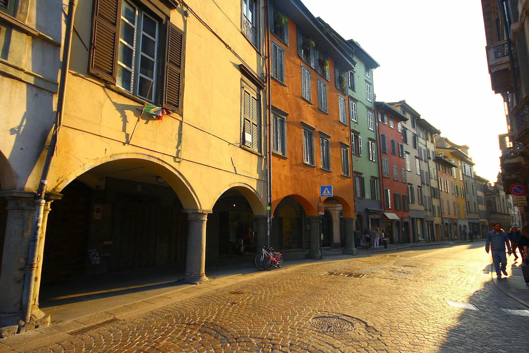 Италия, Italy