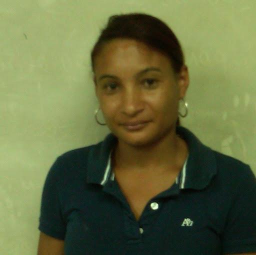 Lleimy Hernandez Photo 3