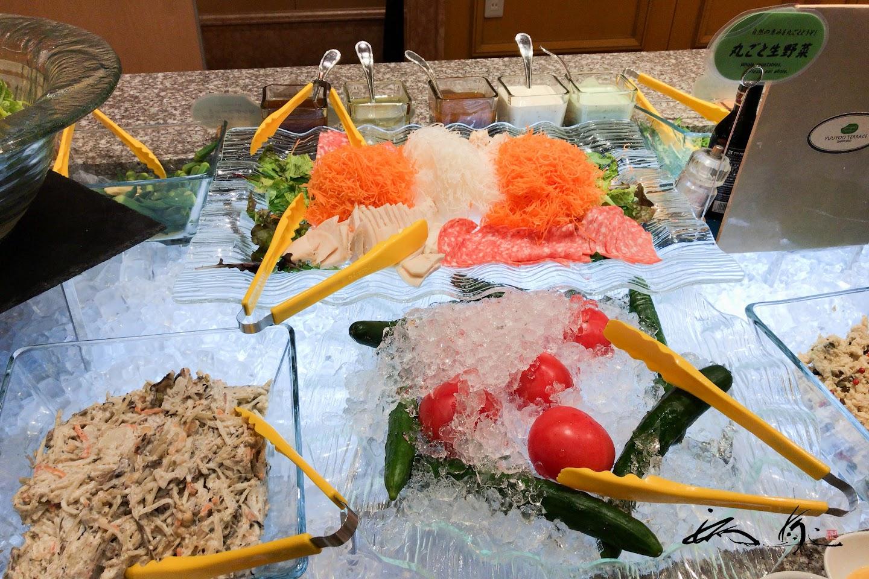 丸ごと生野菜・・・