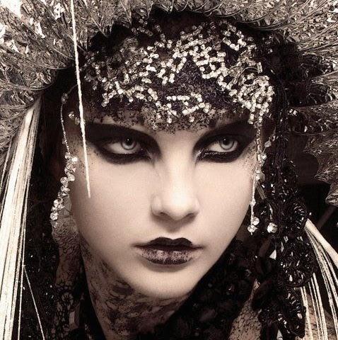 Denise Martin Photo 12