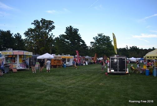 Lots of food vendors