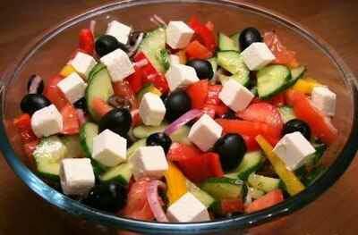 салат греческий рецепт с фото калорий сколько